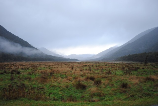 haast-pass-mountains