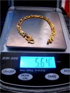 Dahulu masyarakat memajak emas semasa dalam kesusahan,sekarang ia boleh dimanipulasikan untuk menggandakan emas