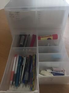 無印PPケースに筆記用具を収納