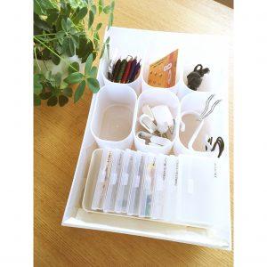 事務用品 フック 押しピン ダイソー 透明ケース 仕切り 粘土ケース セリア 無印 引き出し シンデレラフィット