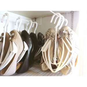 パンプス シューズかける収納 シューズ吊るす収納 靴収納 くつ整理整頓 シューズハンガー 靴かけるハンガー シューズクローク 収納 整理整頓 ホワイト 白 CAINZ カインズ カインズホーム