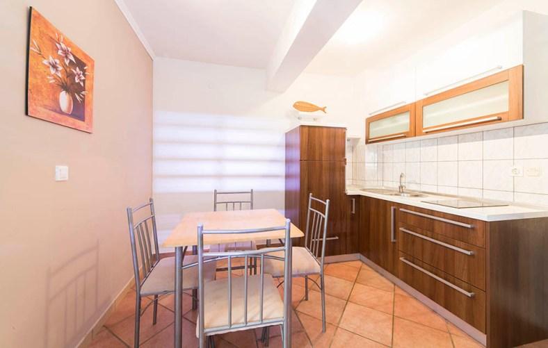 Apartma 1 (2)