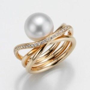 Gellner Perlenring Südsee und Diamanten 509837-0 jetzt online kaufen. Perlenschmuck von Gellner bei Juwelier Winkler in Tirol. Kostenlose Lieferung