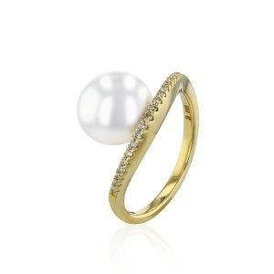 Juwelier Winkler Brillantring Perle Bouton jetzt online kaufen. Damen Ringe und Perlenschmuck online kaufen. Kostenlose Lieferung, schnell sicher.