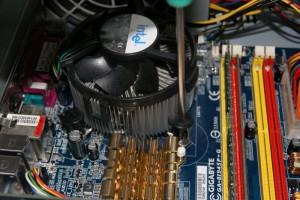 Desmontar disipador antiguo del procesador 02