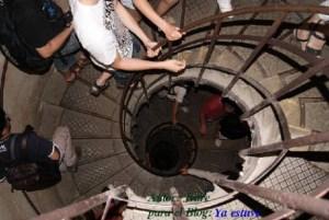Escalera Arco del Triunfo