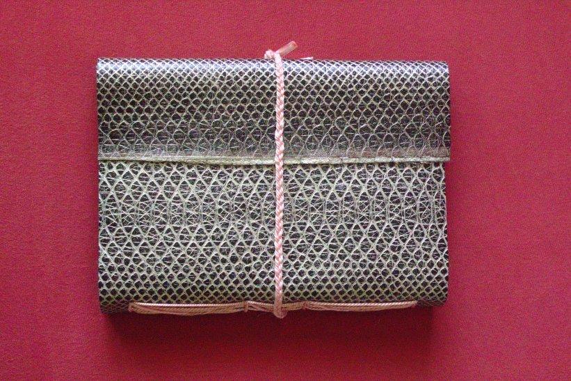 DIY Faux Leather Journal ¦ jvcksite.wordpress.com (11)
