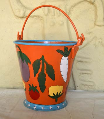bucket-with-vegetable-patterns