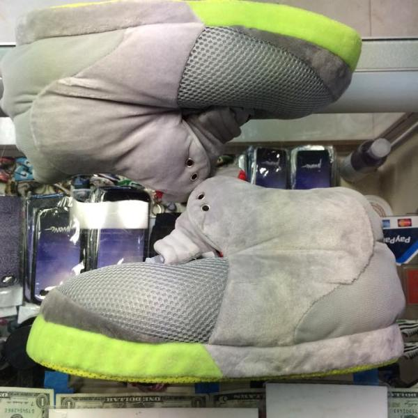 new style 6f2e8 20539 2012 Nike Air Yeezy 2 NRG Platinum Slippers Youth
