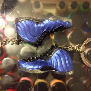 637dfcf565f78 2010 Nike Air Foamposite One Royal 3D Keychain Shoe Laces Not Detachable