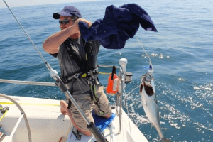 Under motor, going 6-6.5 knots, is the perfect time to go fishing.