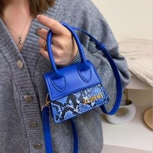 Designer fashion chain mini blue bag for women 2020 New High quality Snake leather women crossbody bag portable small hand bags