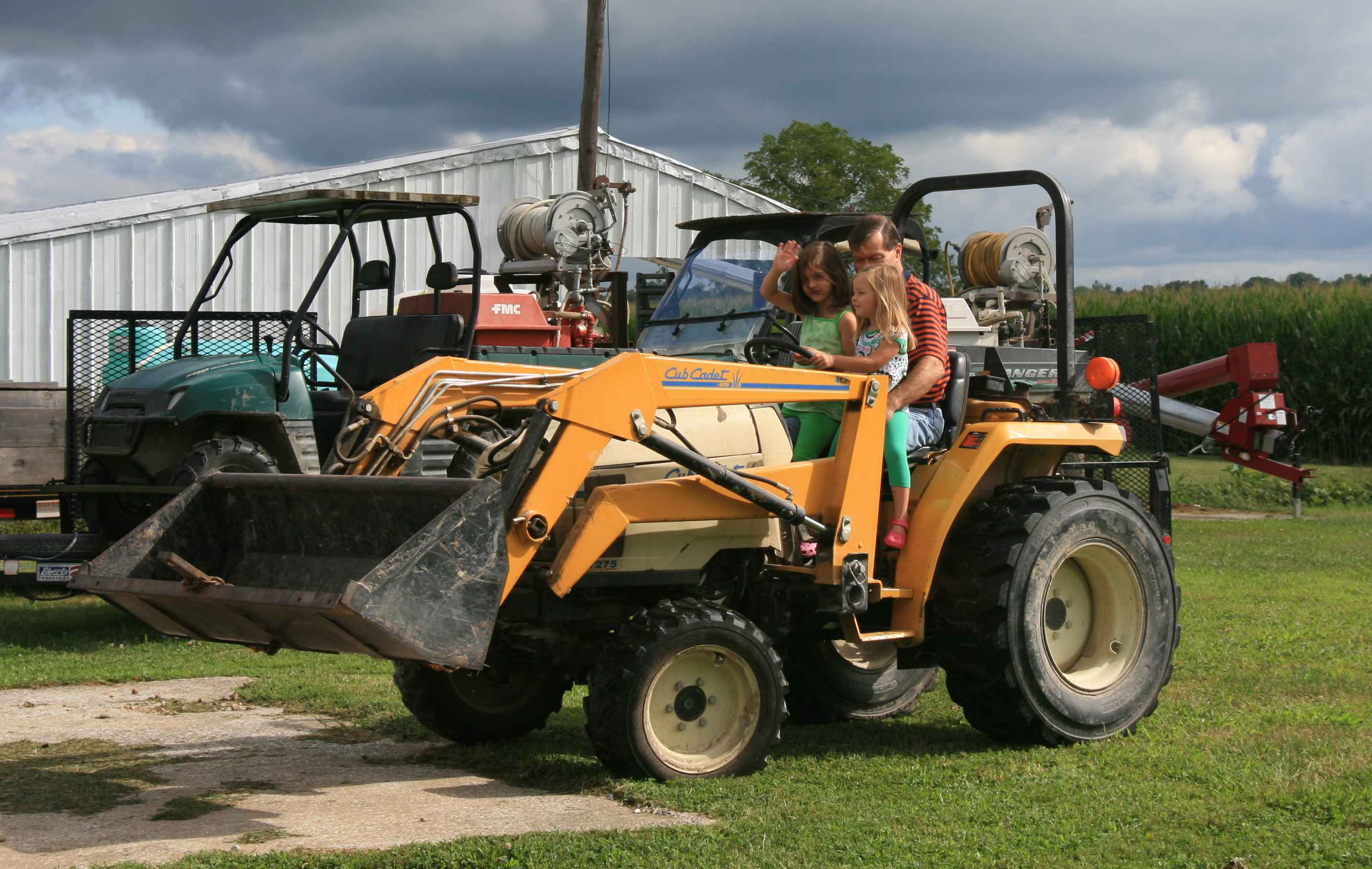 girlsontractorwithgrandpa_edit_sm