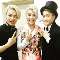 [PIC/OTHER INSTAGRAM] 161024 Photo of Junsu backstage with 'Dorian Gray' ensemble members