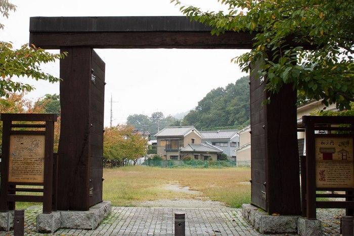 高取城 松野門