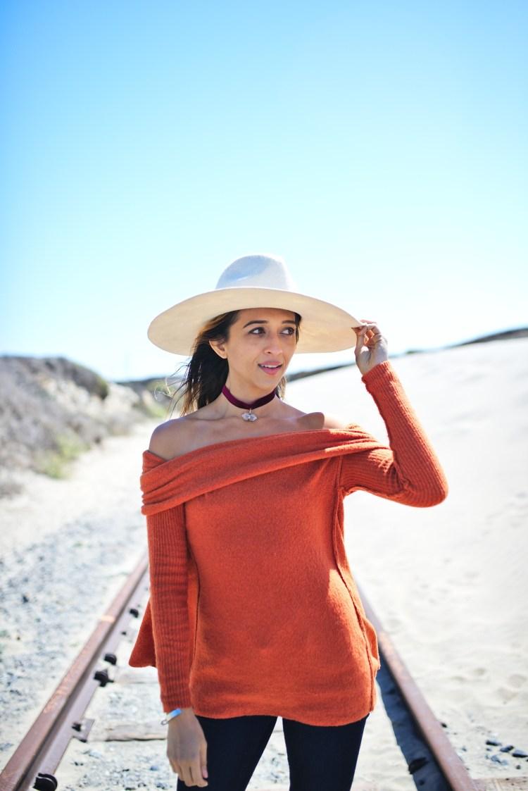 cuppajyo-styleblogger-fashion-lifestyle-travel-pinkarrowsboutique-freepeople-fallfashion-offtheshoulder-sweater-3