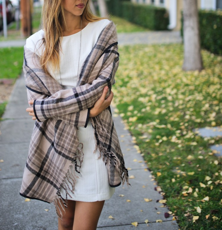 cuppajyo_style_travel_fashionblogger_sanfrancisco_bayarea_fallfashion_finallyfall_tartcollections_plaidcoat_whitedress_streetstyle_3