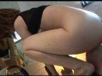 夫が居ない間にアナル調教されていく美人な若妻の動画