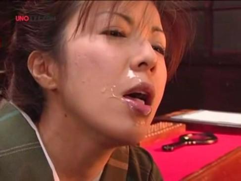 着物姿の色気と可愛らしさを兼ね備える美熟女妻が毎日違う男のチンポをおまんこに挿入してる不貞妻だったjyukujo動画