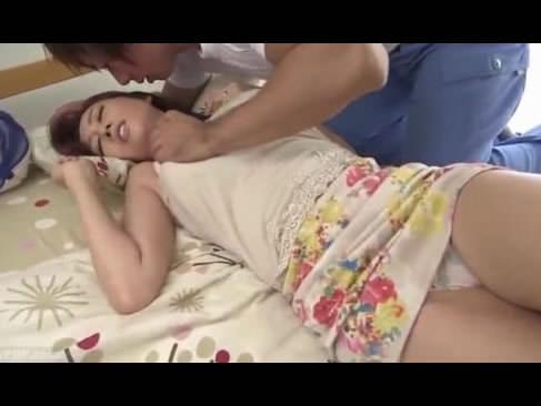 浮気写真をネタに配達員に襲われる爆乳若妻JULIA!ムキムキな男に感じてしまうセックス大好きな人妻動画