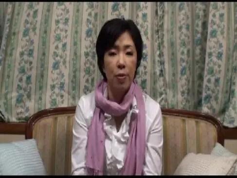 jyukujo60歳の熟年夫婦で欲求不満な老女が大人の玩具を使って激しいセックスする還暦動画画像無料