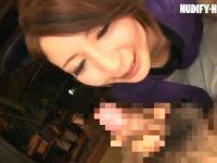 ショートカットの美熟女瀬奈涼が剛毛なおまんこを見せ付けながらちんこに喘ぐ熟女動画