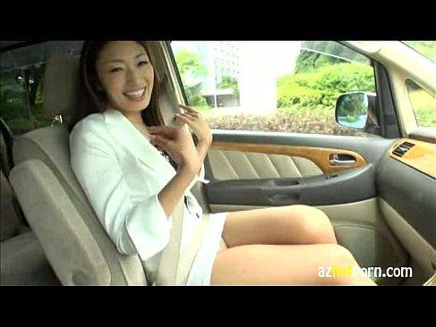 上品で色気のある美魔女の小早川怜子とドライブデートからホテルでセックスのjyukujyokurabu.5
