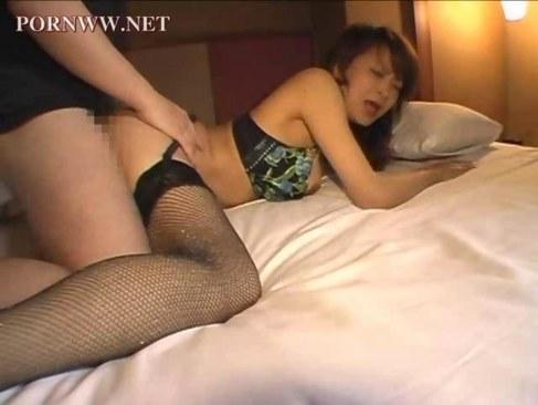 セクシー下着で個人撮影してる五十路熟女妻の黒ずみおめこがエロい熟年の夜/50