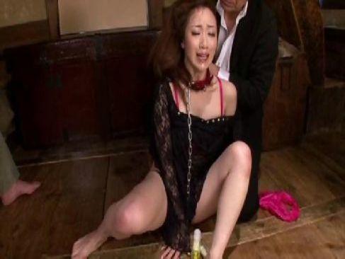 熟年夫婦の夜の生活に飽きてSMをしておめこを濡らす変態な四十路熟女妻の熟年カップル動画
