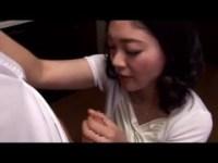 息子のチンポが好き過ぎる美巨乳美熟女母のjukujyo動画