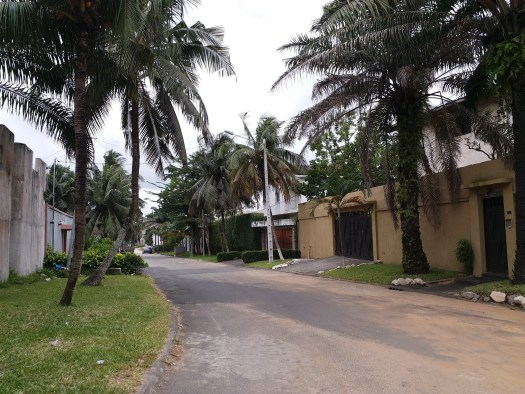 K in Motion Travel Blog. Cote d'Ivoire. A Quiet Sunday in Abidjan