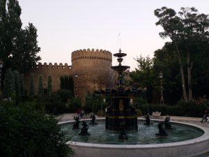 K in Motion Travel Blog. 9 Fun Things to do in Baku. Fountain
