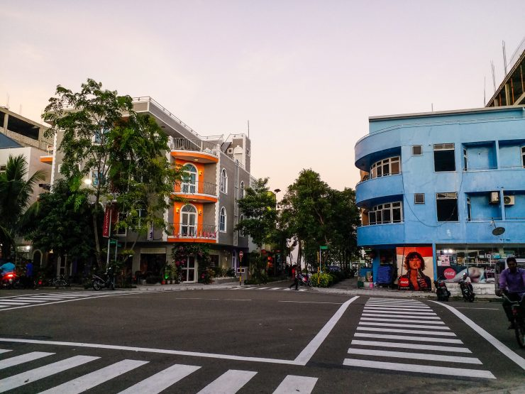 K in Motion Travel Blog. Travelling the Maldives on a Budget. Hulhumale Intersection Without Traffic Lights