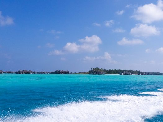 K in Motion Travel Blog. Travelling the Maldives on a Budget. Bluer Water On the Way to Himmafushi