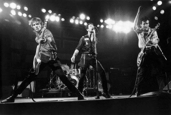 The-Clash-the-clash-12151473-564-380.jpg