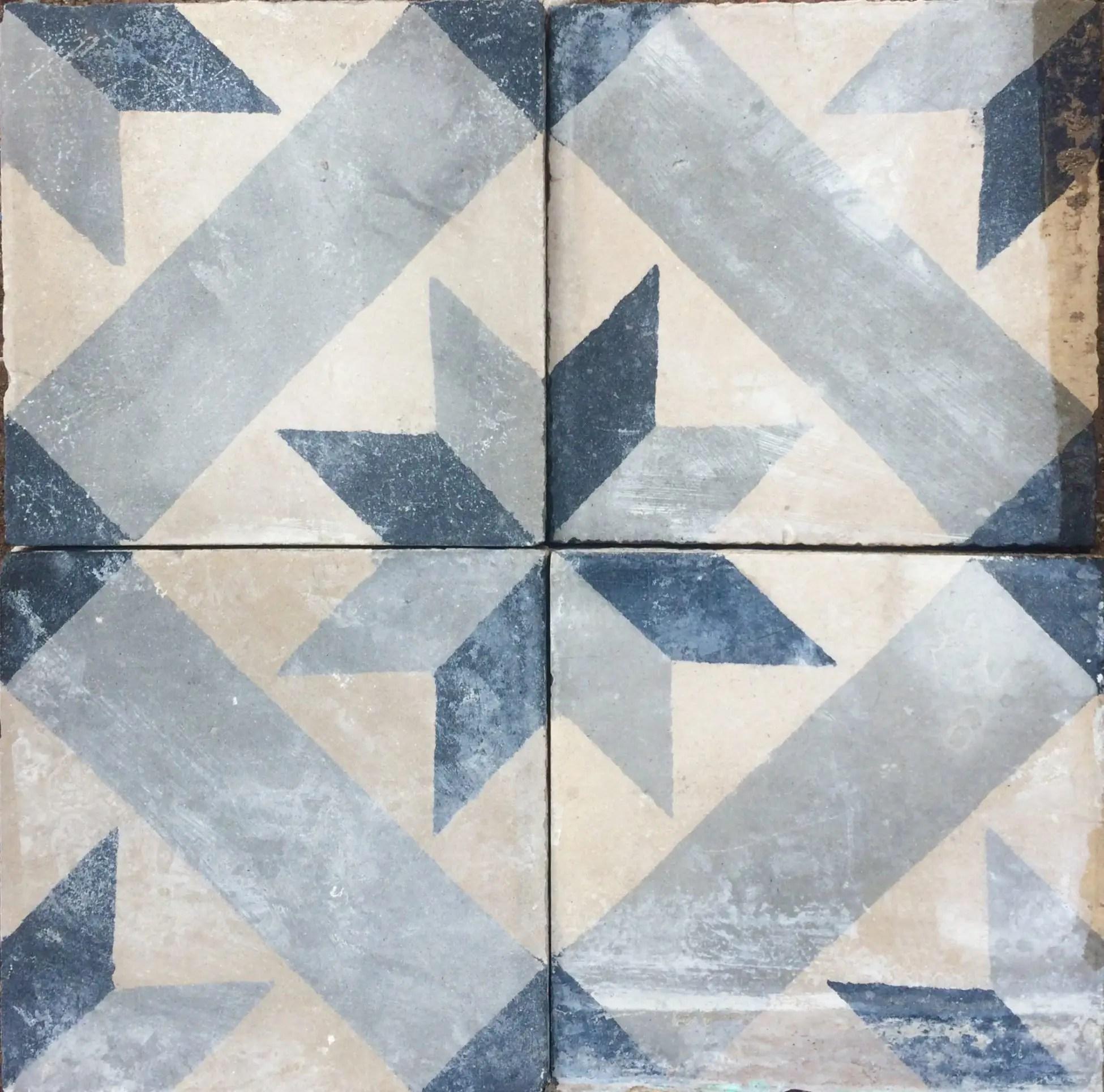 carreaux de ciment anciens motif etoile tons gris