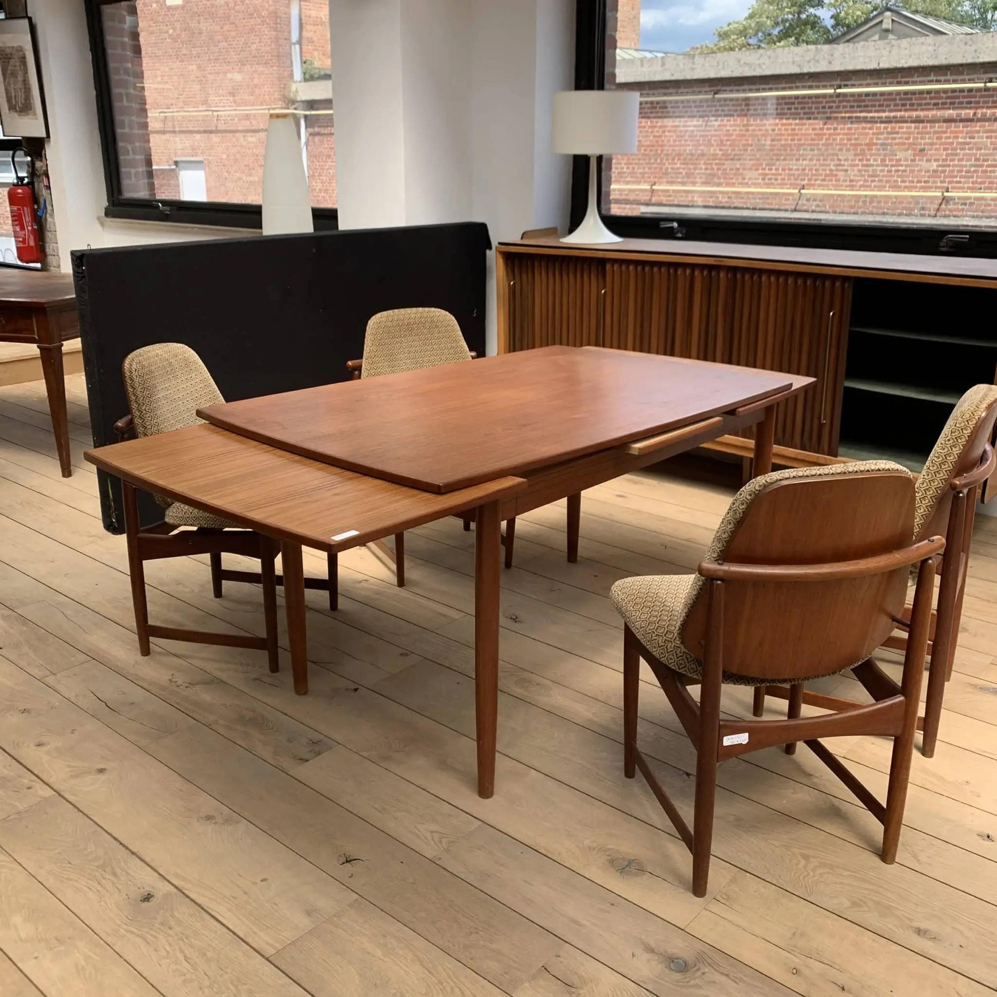 table vintage avec rallonge