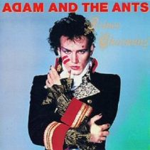 Stilikonet Adam Ant - og jo, det her var faktisk helt vildt god stil i 1981... (Jakken er i dag udstillet på V&A i London) (!)