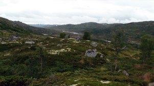 Utsikt mot Sandvadet. Hedlo ligger til venstre.