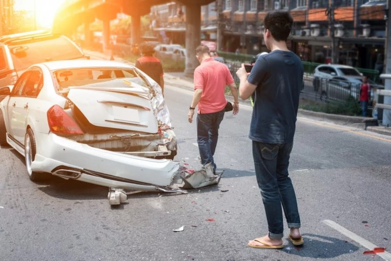 glendale personal injury attorney and Auto Accident Attorney in Glendale, CA