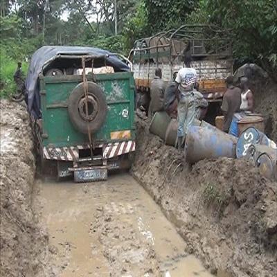 Carnet du reporter: La route de Dinguiraye-Kalinko, un véritable enfer pour les usagers