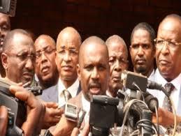 Politique: Les partis d'opposition dressés les uns contre les autres