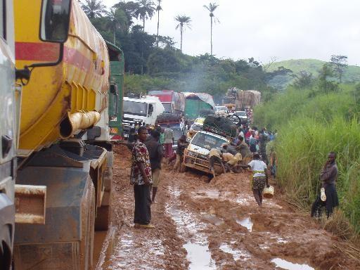 Voyager dans la sous-région, un véritable calvaire pour les usagers de la route guinéenne (CARNET DE ROUTE)