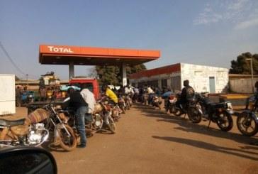 Kankan : Les transporteurs de camion-citerne d'hydrocarbures sont en grève, le litre de l'essence s'envole !