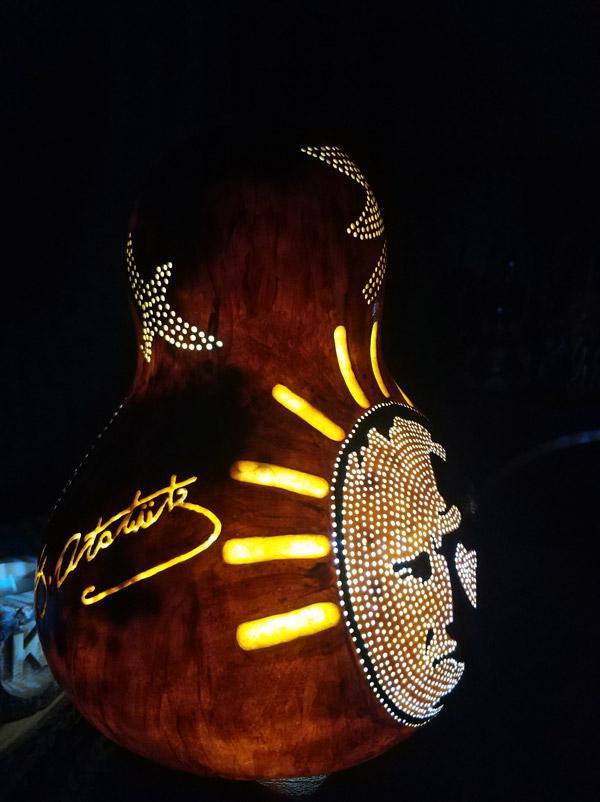 atatürk imzalı otantik ışıklı su kabak lamba
