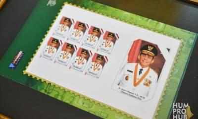 Foto bergambar gubernur dan wakil gubernur, cetak prangko, gubernur ansar ahmad, gubernur dan wakil gubernur kepri, gubernur kepri ansar ahmad, Headline, Pt pos indonesia