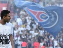 Harga Tiket Brest vs PSG Meroket Jelang Debut Messi
