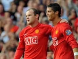 Sejak Awal, Rooney Tak Pernah Yakin Ronaldo Bakal Bermain untuk Man City