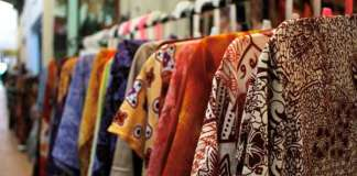 hari batik, warisan Indonesia, batik