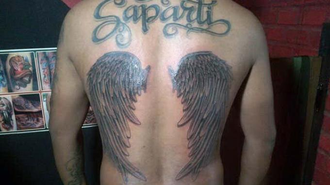 Tato sayap malaikat.